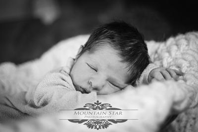 El Paso Newborn Baby Photographer Mountain Star Photography Chil